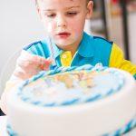 rodina, oslava, rodinna, dort, zábava, 5 let, první krůčky, dětská party, párty, bazén, narozeniny, rodinný fotograf, praha, křenek michal, kamarádi,přátelé,