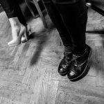 fotografování plesu, jak fotit ples, hokej, HC čerti křepenice, obec křepenice, ples, výhry, prohry,alkohol, skupina RELAX, tombola, černobílé fotky,panáky, boty, podpatky