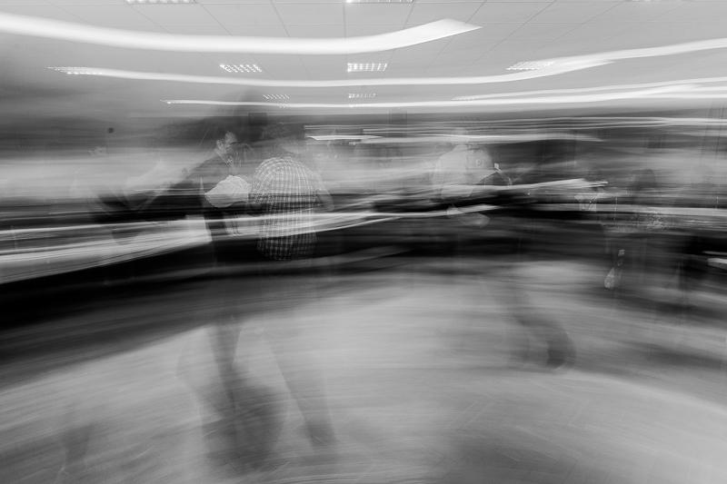 fotografování plesu, jak fotit ples, hokej, HC čerti křepenice, obec křepenice, ples, výhry, prohry,alkohol, skupina RELAX, tombola, černobílé fotky,panáky,