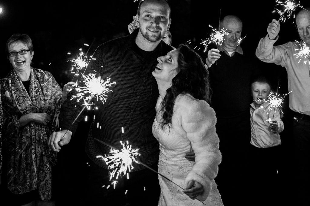 nejlepší, svatební fotografie, 2016, výběr, best of , svatební fotograf praha, 2017, křenek michal, focení svatby, vybíráme svatebního fotografa, nejlepší svatební fotograf, čechy, prstýnky, svatební šaty, svatební příběh, emoce, svatba v lese, s koněm, nevěsta s otcem,