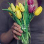 z lásky, tulipány,Focení dětí, malá Terezka, rodinný fotograf, hledáme fotografa, praha a okolí, fotky jaké si přejete, děti , maminka, krenek michal, fotograf, přebalování, nejlepší dětské hračky