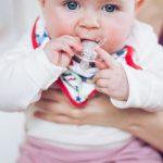 Focení dětí, malá Terezka, rodinný fotograf, hledáme fotografa, praha a okolí, fotky jaké si přejete, děti , maminka, krenek michal, fotograf, přebalování, nejlepší dětské hračky, dudlík, Tereza
