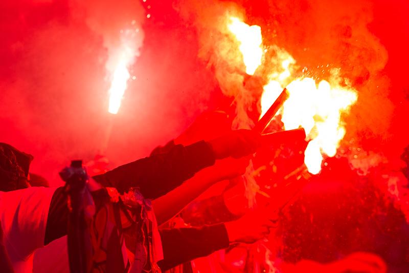 fotbal, sparta, slavia, slavie SK, eden, derby, 1:1, penalta, remíza, 2017, spolu jsme silnější, CEFC China, fanoušci, hooligans, pyrotechnika na stadionu