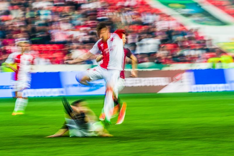Fotbal Slavia Pinterest: Krenekmichal-derby-slavie-sparta-00501