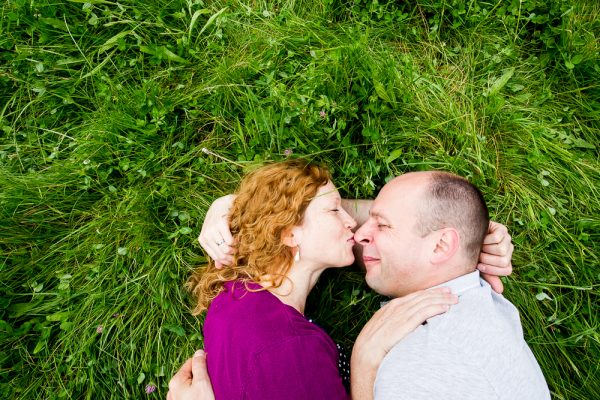 párové focení, těhulka, rande, focení, dendrologická zahrada, fotograf, mezi stromy, focení v přírodě, Praha a okolí, zamilované, páry, dvojce, průhonice, jakub, hana, krenek,