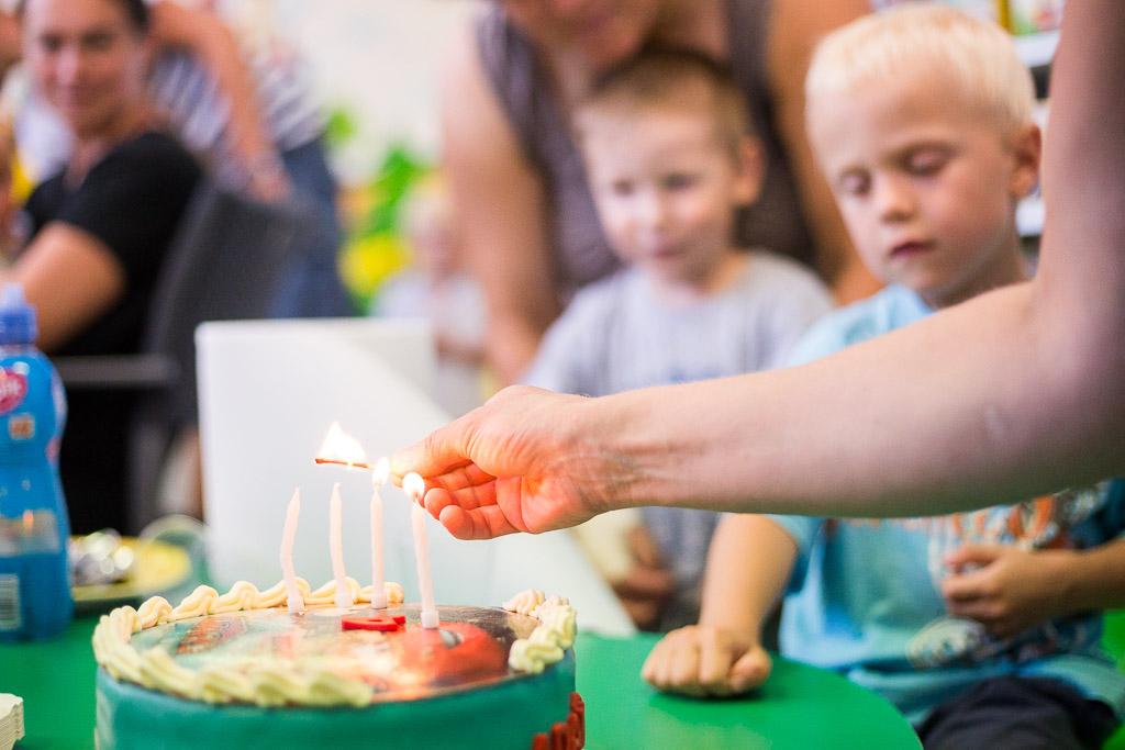 oslava, narozeniny, meloun, skluzavky, dětské šampaňské, fotograf, krenek, divišov, adam, děti, party, tata, mama, 4 roky