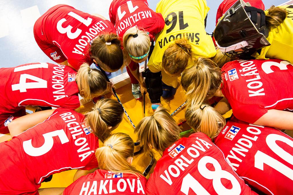 pozemni hokej, holki, holkis, ME, field hockey, mistrovstvi evropy, tym, voodoo, sticks, malik, czech, nederland, ukraine, dutch, krenek, michal, prague, vorlova, haklova,kyndlová, kolářová,šmídová, mejzlíková, lehovcová, capouchová
