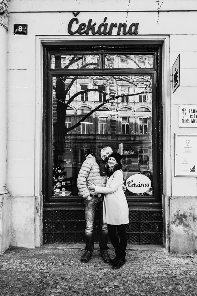 rande, před svatbou, s fotografem, svatební, černobílá fotka, pre wedding, wedding prague, krenek michal, martina , filip, 2018