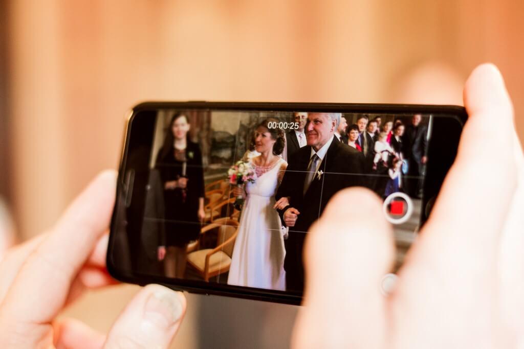 cesta k oltáři, svatba, fotograf, 2018, praha, libeň, libeňský zámeček, zámek, vyšehrad, hotel monika, krenek