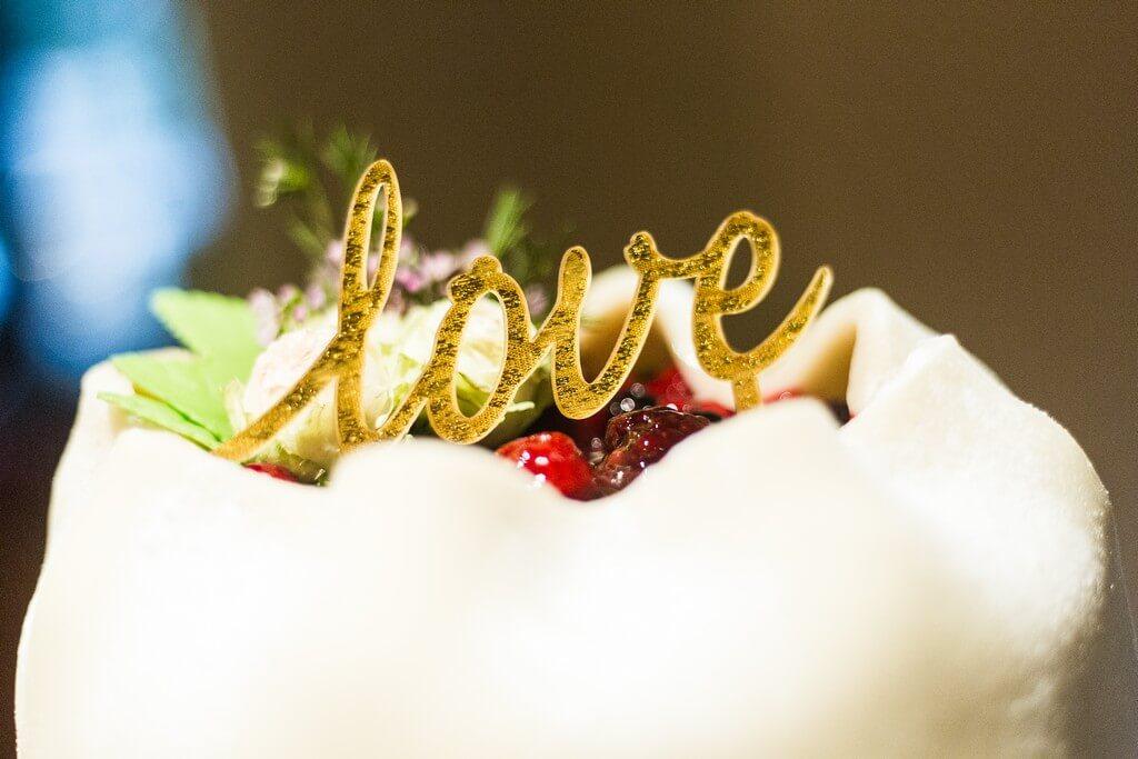 love, svatba, fotograf, 2018, praha, libeň, libeňský zámeček, zámek, vyšehrad, hotel monika, krenek, svatební dort