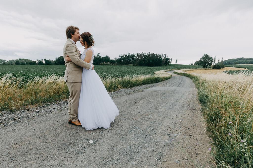 nevěsta, svatba v lese, ve stodole, sedlčany, svatební fotograf, krenek, nejlepší, svatba v přírodě, láska, dokonalá svatba, nejlepší svatba, 2018, Hochzeit, Lichtbildner, Photograph, venkov, party