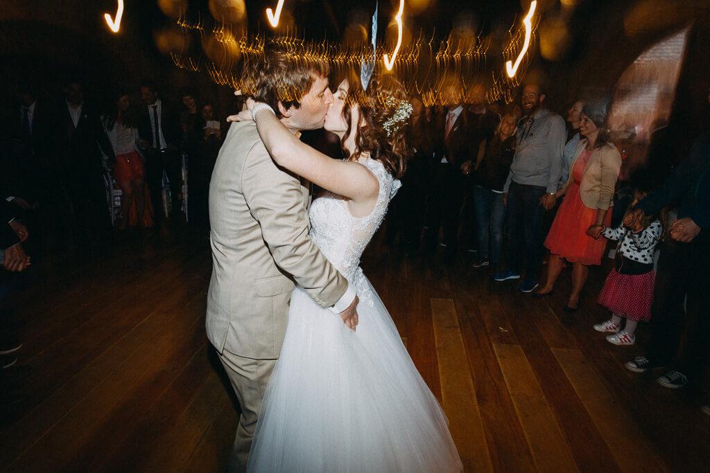 první tanec, first dance, nevěsta, svatba v lese, ve stodole, sedlčany, svatební fotograf, krenek, nejlepší, svatba v přírodě, láska, dokonalá svatba, nejlepší svatba, 2018, Hochzeit, Lichtbildner, Photograph, venkov, party