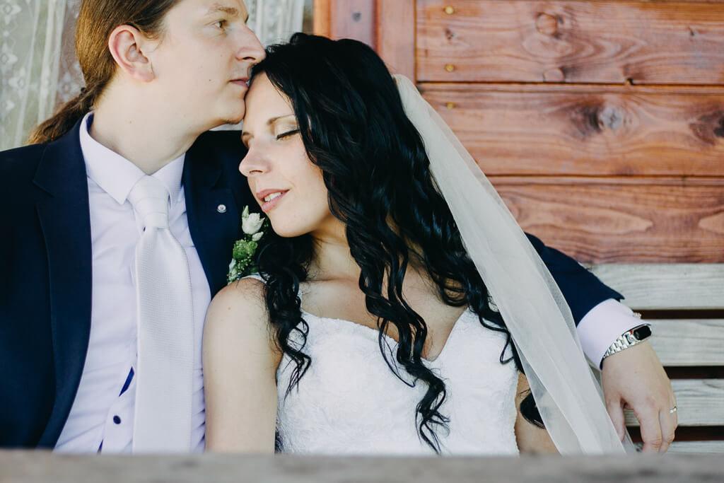 love, svatba, fotograf, svatební, krenek, chotěboř, svatba na louce, pod stromy, dokonalá svatba, 2018, havlíčkův brod, na vysočině, pod širým nebem, rocková svatba,