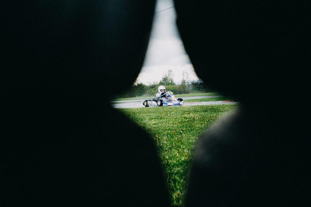 moto cars, motokáry, kartarena, cheb. motosport, kurz foceni, v dešti. praga, pragovka, moto sport, formule, honda, děti, křenek, sportovní fotograf,
