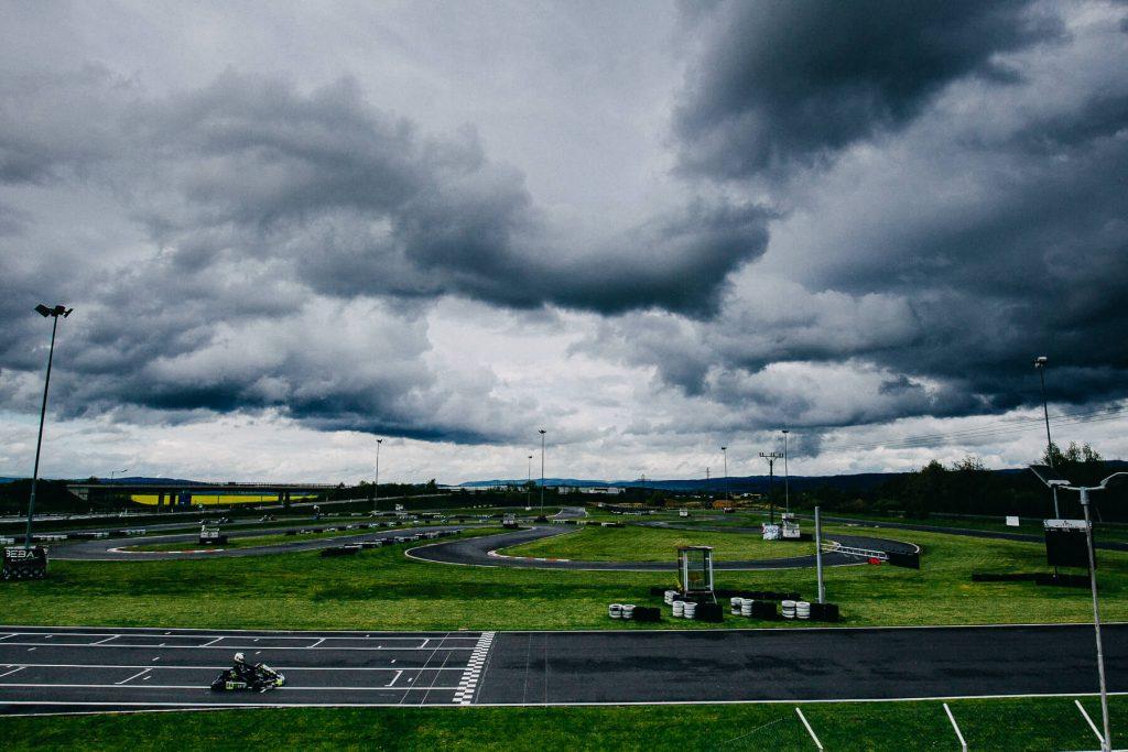 motokáry, kartarena, cheb. motosport, kurz foceni, v dešti. praga, pragovka, moto sport, formule, honda, děti, křenek, sportovní fotograf,