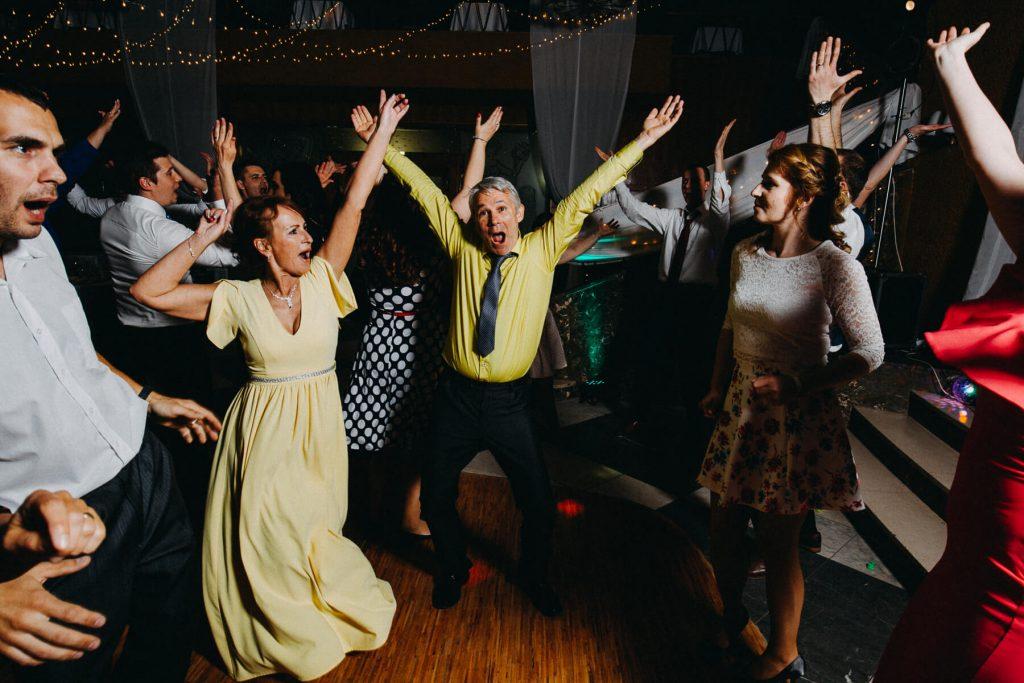 DJ, svatba, banska bystrica, slovensko, fotograf, kupele sliac, wedding, krenek , destination wedding photographer 2020, slovakia, bratislava, jano, veronika, svatba na slovensku