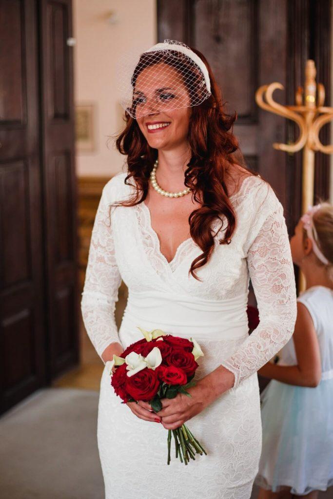 nevěsta, ženich, svatební focení,malá , komorní, svatba, s dětma, s dětmi, v praze, svatební fotograf, zámek, křenek