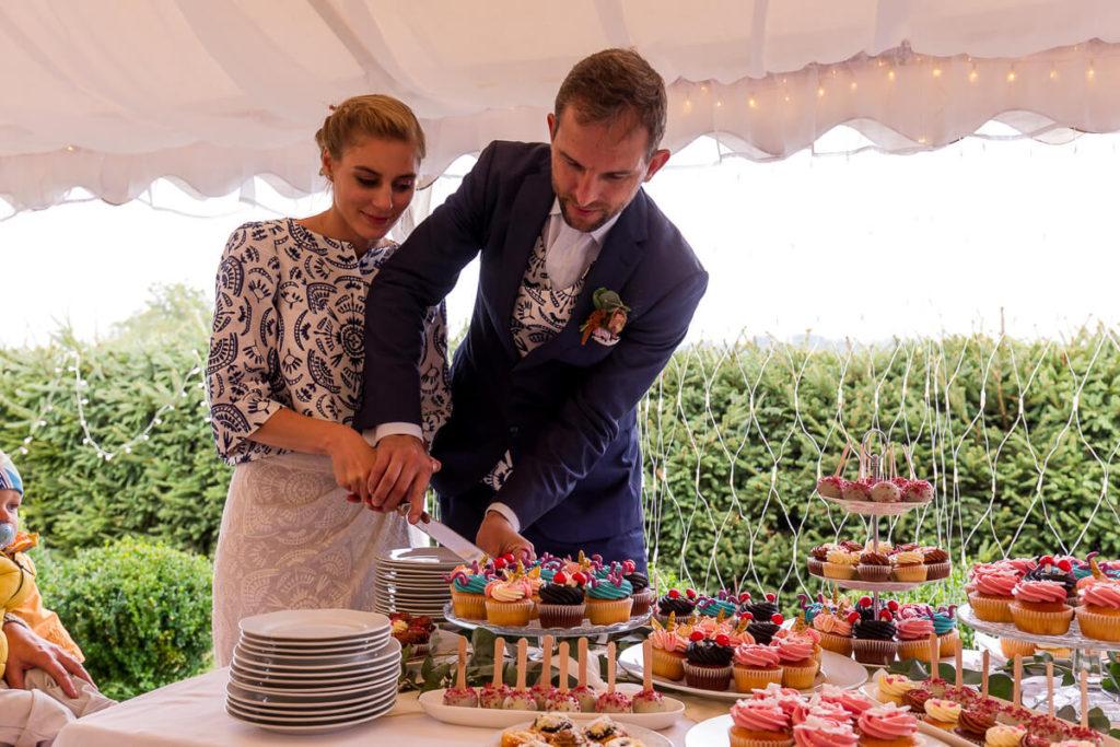 krájení, dortu, cupcake, svatba, boho ,hotel ermi, jince, zdice, beroun, atlet, svatba,