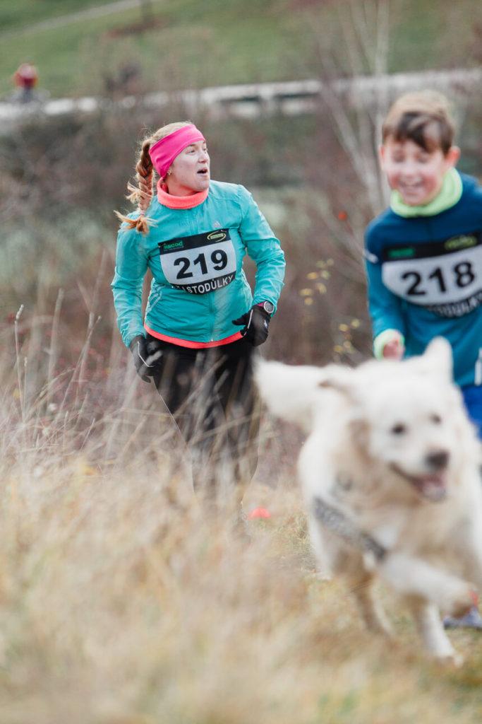 běh za ježíškem, atletika, stodůlky, makču pikču, 2019, štědrý den, rodina sportuje,