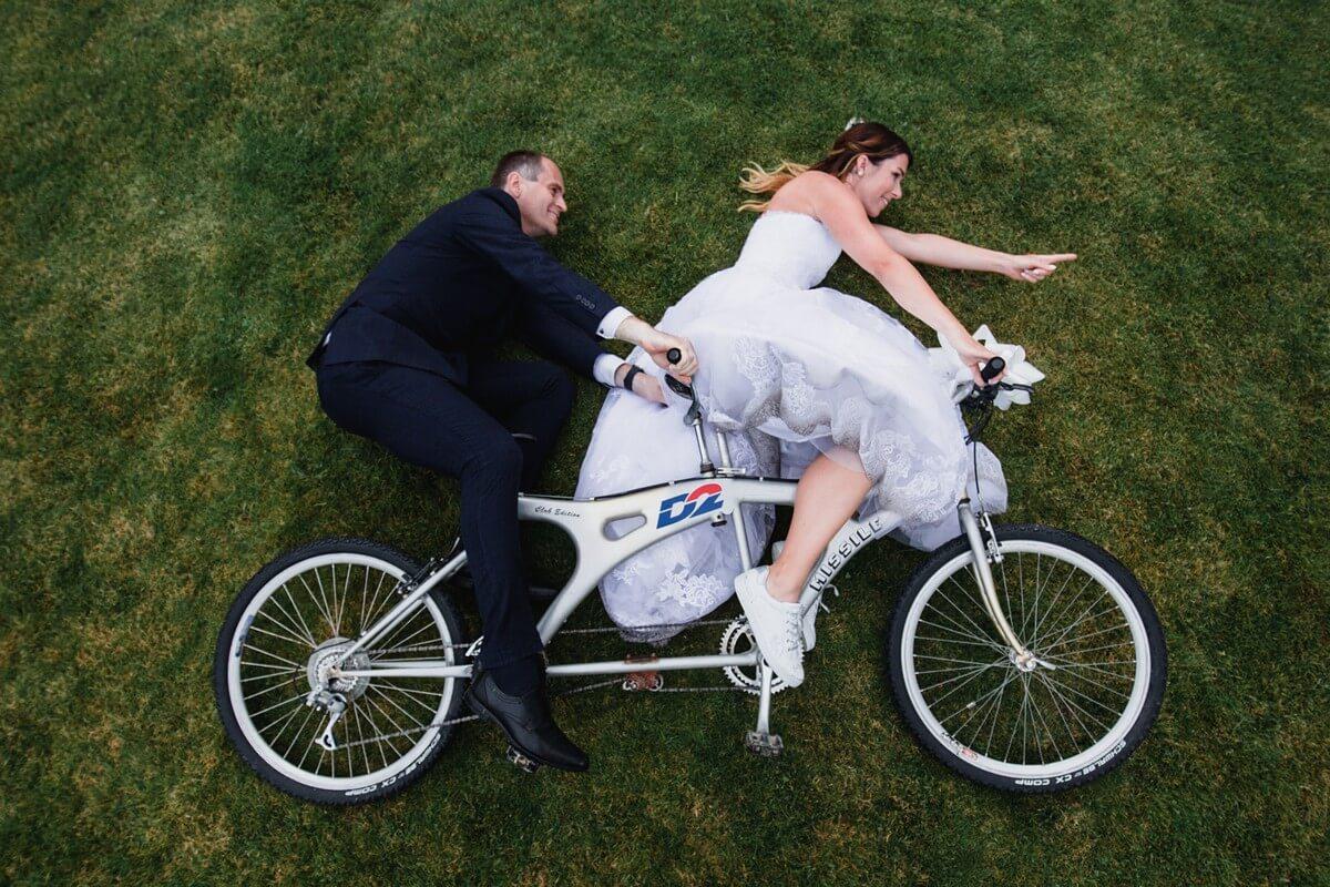 dvojkolo, svatba, velké popovičky, park hotel, svatba v říčanech, praha východ fotograf,