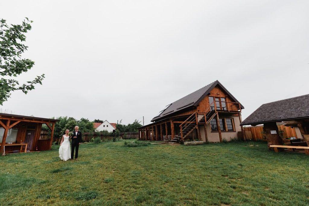 farma soběsuky, svatba, organic, farm soběsuky, farma soběsuky, svatba na farmě, domažlicko, plzeňsko, svatební fotograf