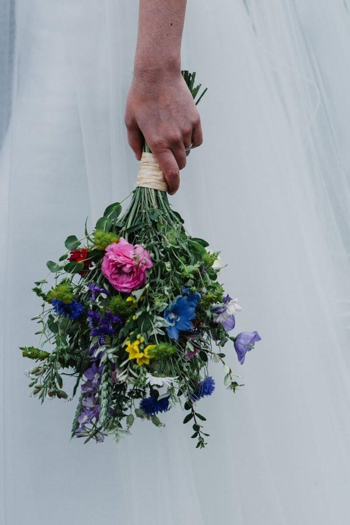 kytice, svatba, organic, farm soběsuky, farma soběsuky, svatba na farmě, domažlicko, plzeňsko, svatební fotograf