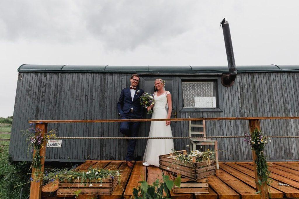 párové focení, svatba, organic, farm soběsuky, farma soběsuky, svatba na farmě, domažlicko, plzeňsko, svatební fotograf