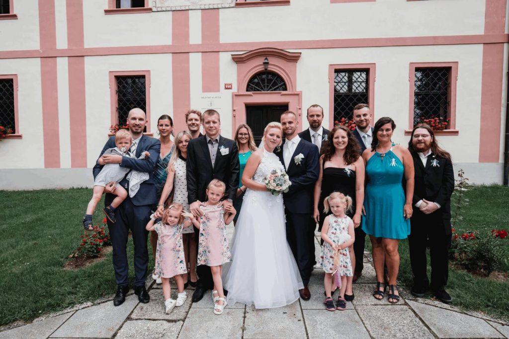 skupina, svatba, milevsko, , klášter, vesnická svatba, dražka, svatební fotograf nej, krenek,