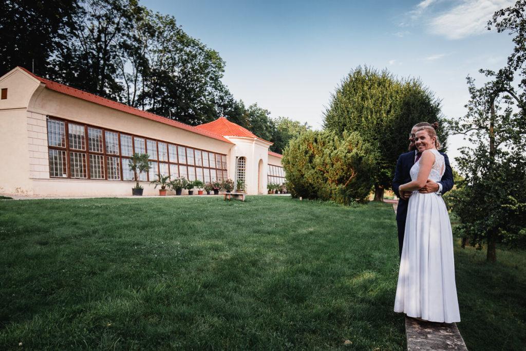 svatba na břevnově, klášter břevnov, pohodová svatba, 2020, křenek michal, svatební fotograf, svatba, boho,